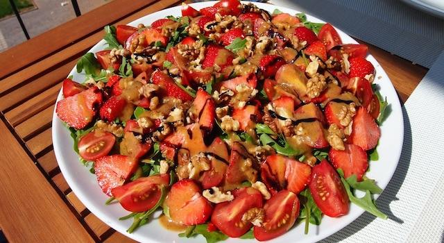 erdbeer-sommer-salat